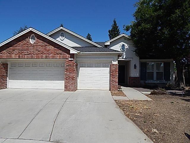 7964 N Laureen Ave, Fresno, CA 93720