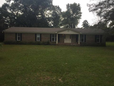 38175 Holly Hill Dr, Bay Minette, AL 36507