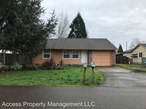 Photo of 1059 Se Elm St, Dundee, OR 97115