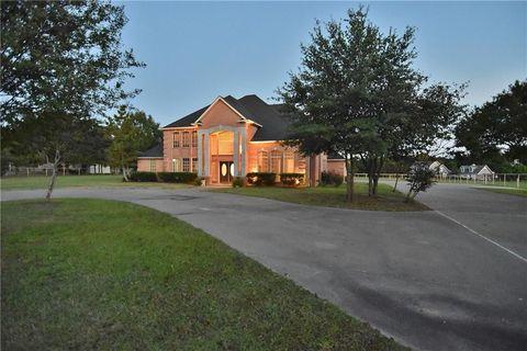 Astounding Dallas Tx Farms Ranches For Sale Realtor Com Home Interior And Landscaping Mentranervesignezvosmurscom