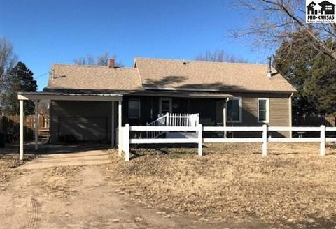 Photo of 5 S Elm St, South Hutchinson, KS 67505