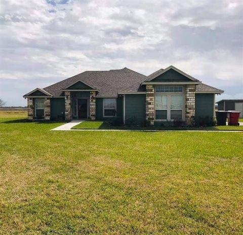 Photo of 332 County Road 3101, Orange Grove, TX 78372