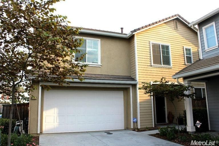 8497 Crystal Walk Cir Elk Grove, CA 95758