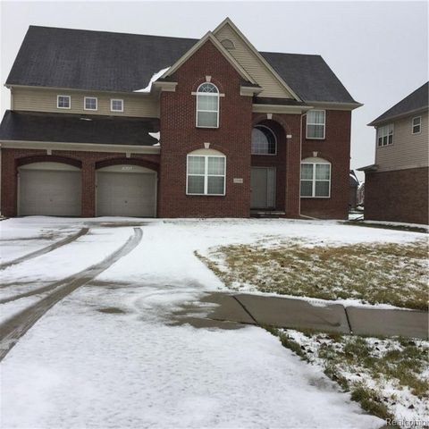 Photo of 15140 Rivercrest Dr, Sterling Heights, MI 48312