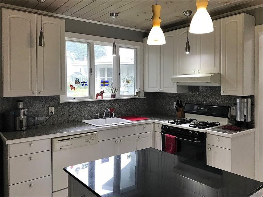 650 Winsor St, Jamestown, NY 14701 - realtor.com® on monticello kitchen, charleston kitchen, huntington kitchen, santa fe kitchen, hampton kitchen, seattle kitchen, jamaica kitchen, thomasville kitchen, brooklyn kitchen, new york kitchen, lucille ball kitchen, highland kitchen, london kitchen, el dorado kitchen,