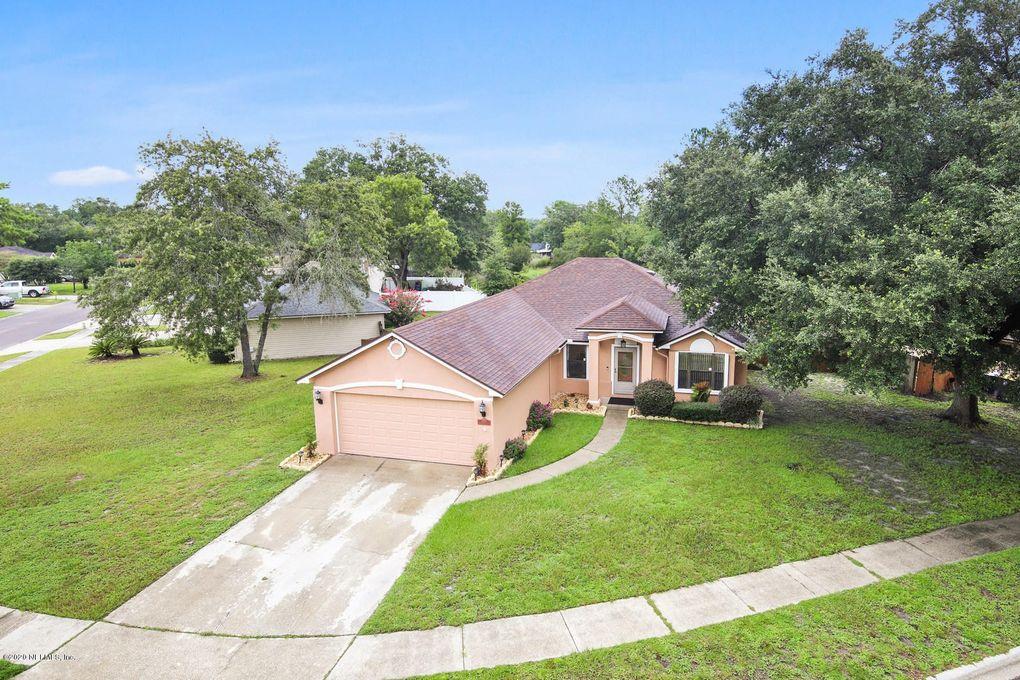 8789 Huntington Woods Cir S Jacksonville, FL 32244