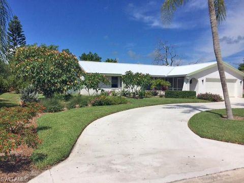 Photo of 226 Pinehurst Cir, Naples, FL 34113