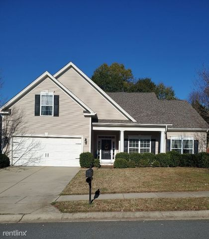 Photo of 10439 Tintinhull Dr, Fort Mill, SC 29707