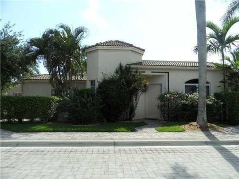 7637 Iris Ct, West Palm Beach, FL 33412