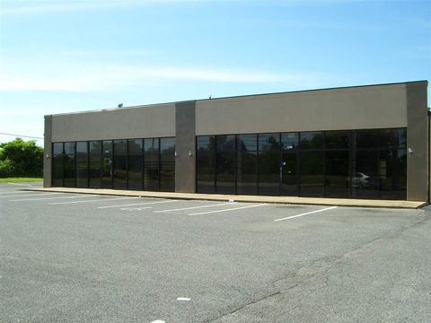 Photo of 7940 Fischer Steel Rd, Memphis, TN 38018