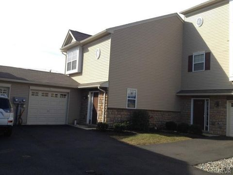 7350 Pioneer Dr, Lower Macungie Township, PA 18062