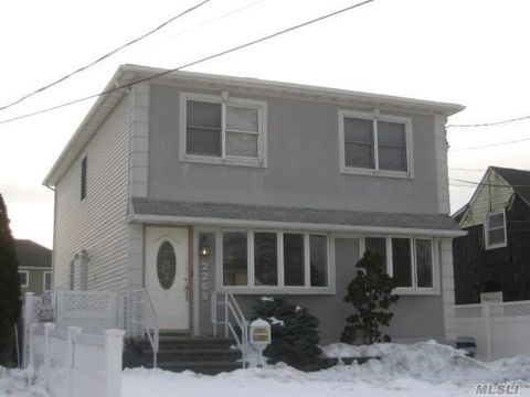 East Meadow Ny Multi Family Homes For Sale Real Estate Realtor Com