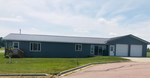 Photo of 501 S 1st Ave, Woonsocket, SD 57385