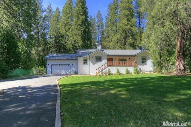 5606 Maywood Dr Foresthill, CA 95631