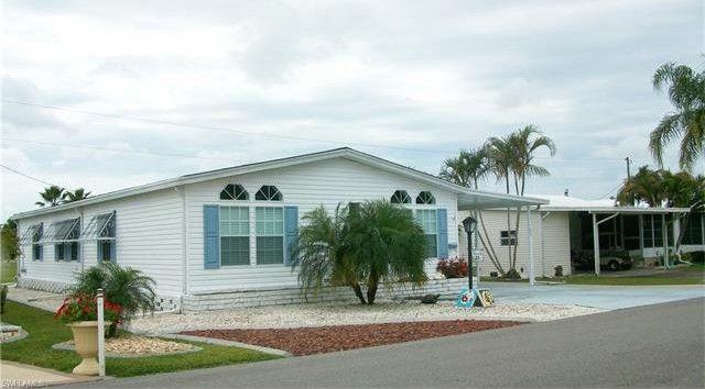 5025 Fiddleleaf Dr, Fort Myers, FL 33905