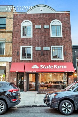10-33 Jackson Ave, New York, NY 11101