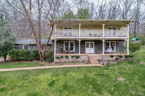 546 Hickory Trail Dr, Nashville, TN 37209