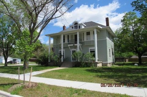 Photo of 411 S Lexington St, Spring Green, WI 53588
