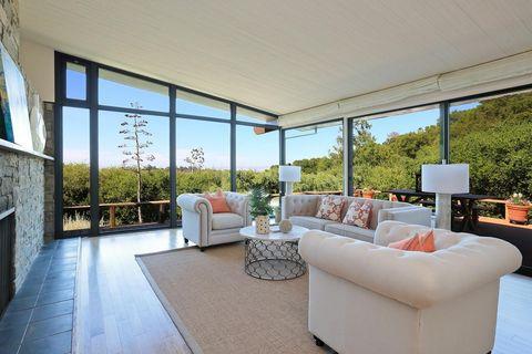 25071 Tepa Way, Los Altos Hills, CA 94022