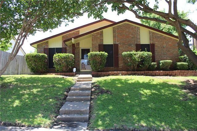 1708 Golden Grove Dr Mesquite, TX 75149