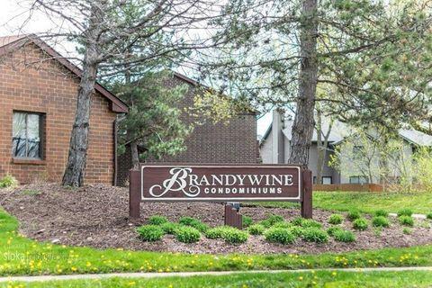 441 Brandy Dr Apt C, Crystal Lake, IL 60014