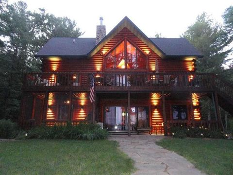 Photo of 4510 Brockhaus Ln, Junction City, WI 54443