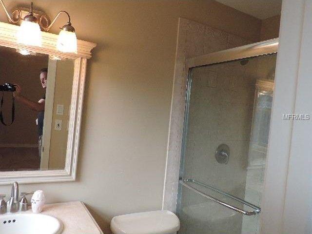 3108 Bayshore Gardens Pkwy, Bradenton, FL 34207   Bathroom