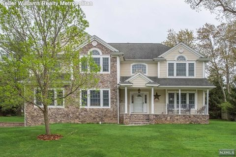 Photo of 3 Mueller Ct, Florham Park, NJ 07932