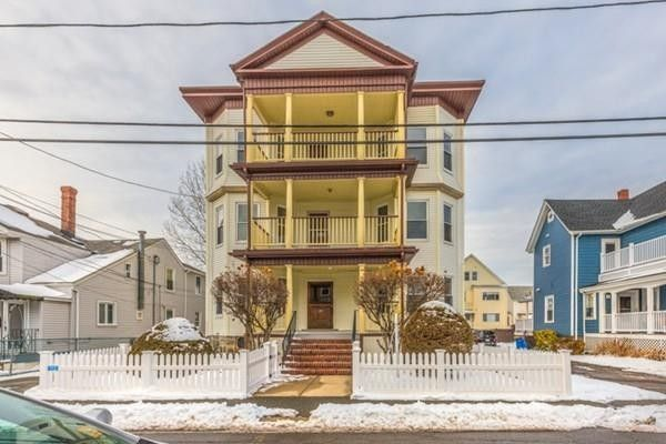 28 Pearl Ave Unit 3, Winthrop, MA 02152