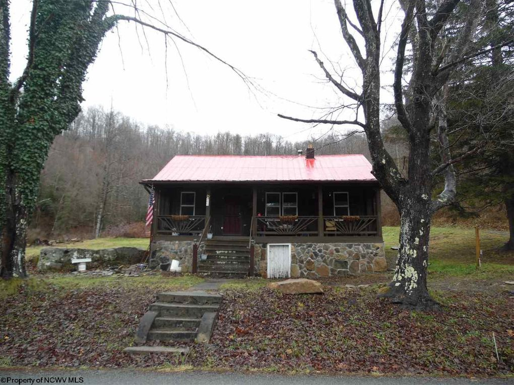 773 Gaines Rd Rock Cave, WV 26234