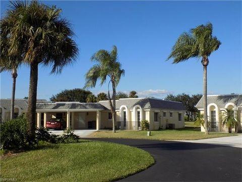 5 Regency Ct, Lehigh Acres, FL 33936