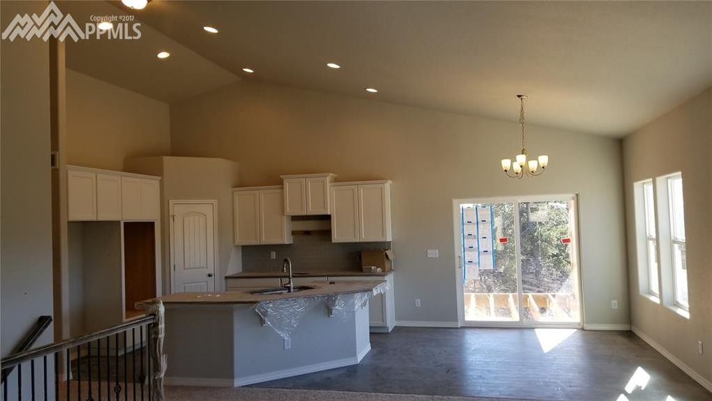 19663 Lindenmere Dr, Monument, CO 80132