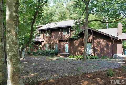 6732 Glen Forrest Dr, Chapel Hill, NC 27517