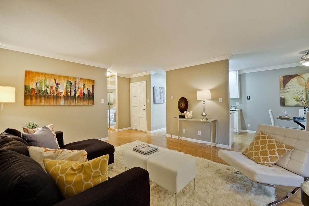 505 Cypress Point Dr Unit 69, Mountain View, CA 94043