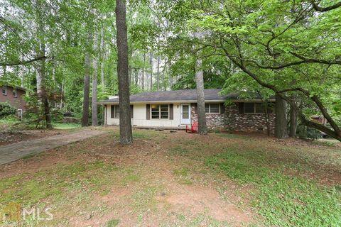 Photo of 1450 Halifax Ct, Tucker, GA 30084