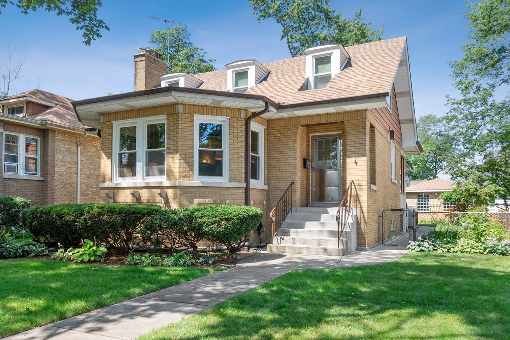 6904 N Odell Ave Chicago, IL 60631