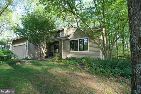 Photo of 11729 Lightfall Ct, Columbia, MD 21044