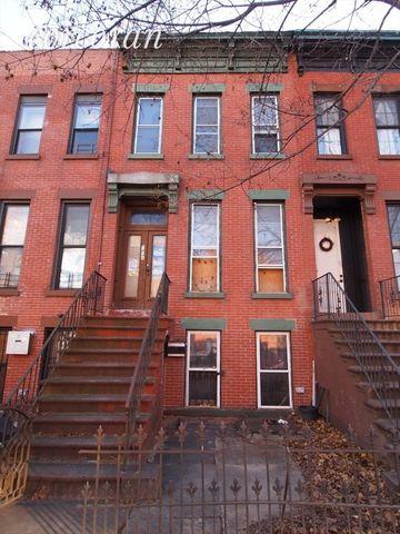 742 A Lafayette Ave, New York, NY 11221