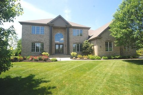 24410 Woodhall Ct, Naperville, IL 60564