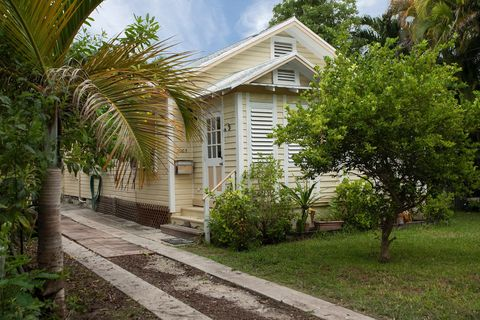 Coral Reef Estates, Key West, FL Real Estate & Homes for ... on navy lodge key west, southernmost point key west, navy base in key west, distance from key largo to key west, specials to key west, mallory square key west, today's weather in key west, us coast guard station key west, sigsbee housing key west, the revivalists key west, us naval air station key west, sheraton key west, duval street key west, nyah key west, margaritaville key west, military campground key west, prettiest beach in key west, butterfly and nature conservatory key west,
