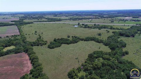 Sw Indian Hills Rd, Wakarusa, KS 66546
