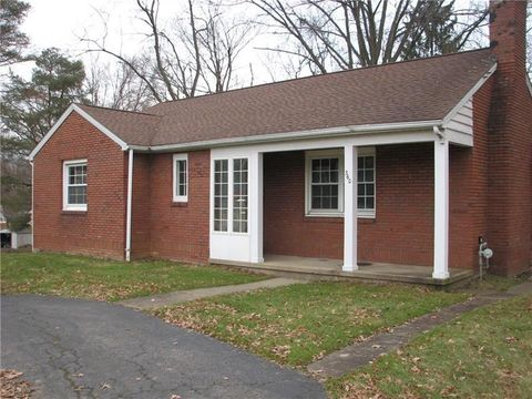 360 N Maple St, Mercer, PA 16137