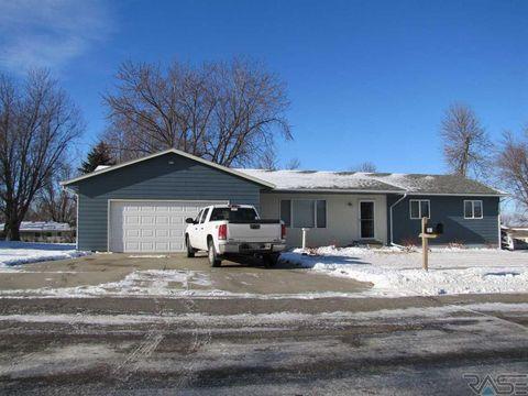 301 S 4th St, Beaver Creek, MN 56116