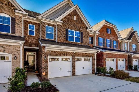 Photo of 103 Portola Valley Dr Unit C, Mooresville, NC 28117