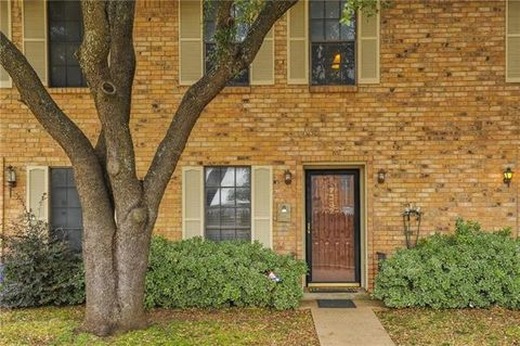 7332 Kingswood Cir, Fort Worth, TX 76133
