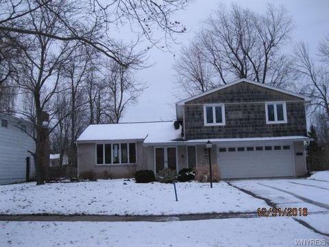 221 Ranch Trl, Amherst, NY 14221