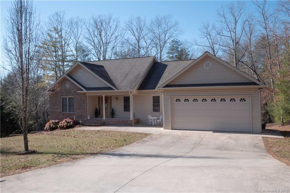 3611 Hollow Oak Ln, Lenoir, NC 28645