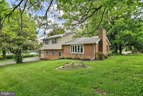 Photo of 2635 Grandview Dr, York Haven, PA 17370