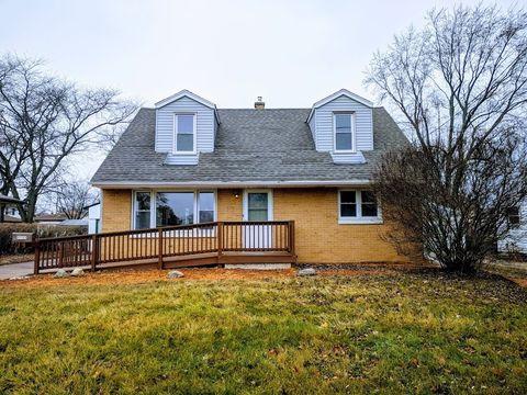 3735 S 68th St  Milwaukee  WI 53220. Milwaukee  WI Real Estate   Milwaukee Homes for Sale   realtor com