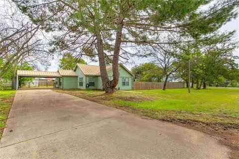 106 County Road 1240, Kopperl, TX 76652